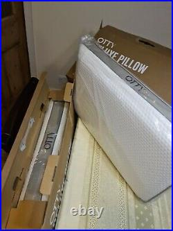 2 x OTTY Pure Deluxe Bamboo Charcoal memory foam pillow New In box. Perfect Gift