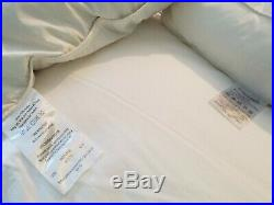Memory foam mattress & 4 free pillows, kingsize, clean, 19cm thick hardly used