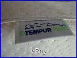 NEW Tempur-Pedic Tempur-Neck Pillow 20x12.8x4 Medium