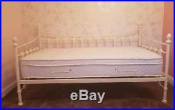 RRP £400 Julian Bowen Day Bed Cream with Pillow talk 1000 memory mattress