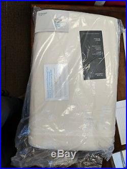 Technogel Thin Deluxe Standard/Queen Size Pillow White Customer Return
